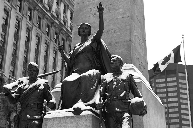 South African War Memorial    (click for previous picture)