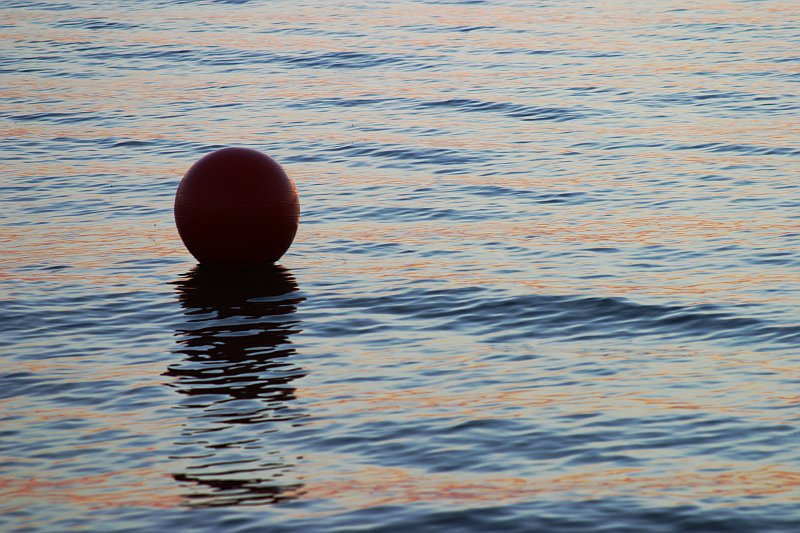 Ball at sunset    (click for previous picture)