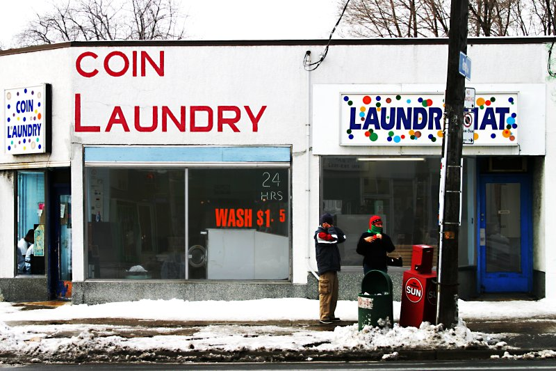 Coin Laundry blues    (click for previous picture)