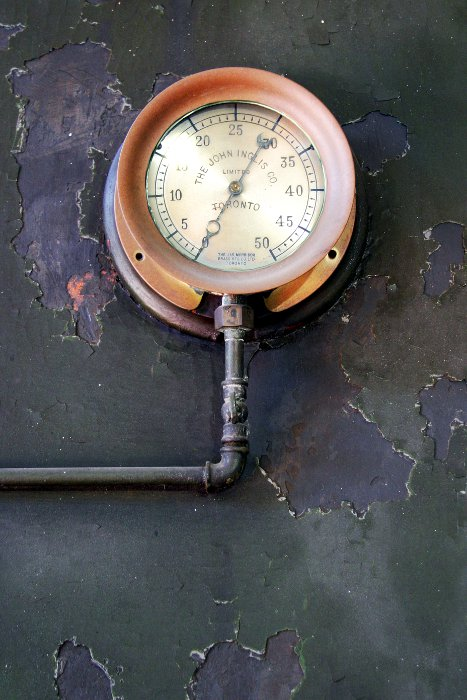 Another gauge - High Level Pumping Station    (click for previous picture)