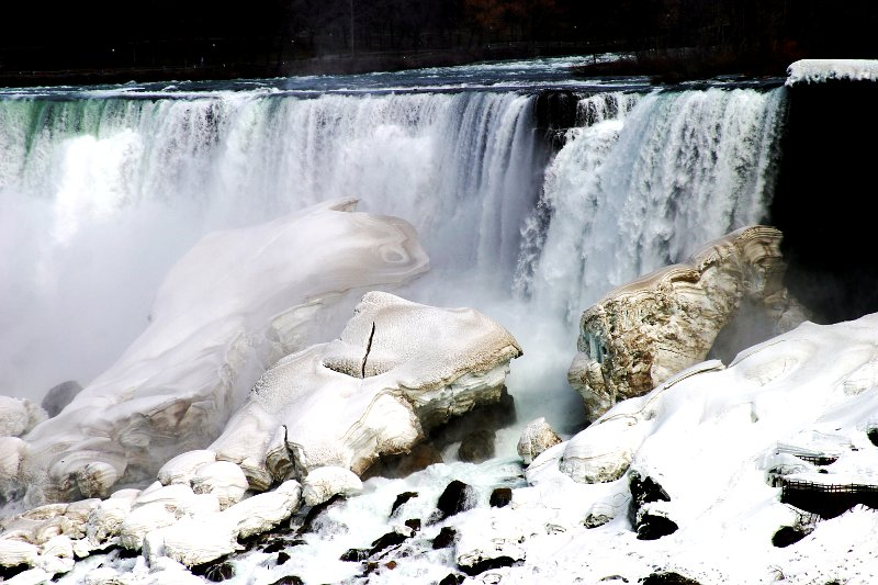 Niagara Falls Ice 1    (click for previous picture)
