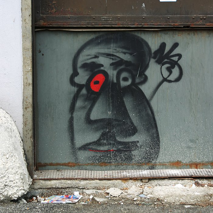 Red eye graffiti    (click for previous picture)