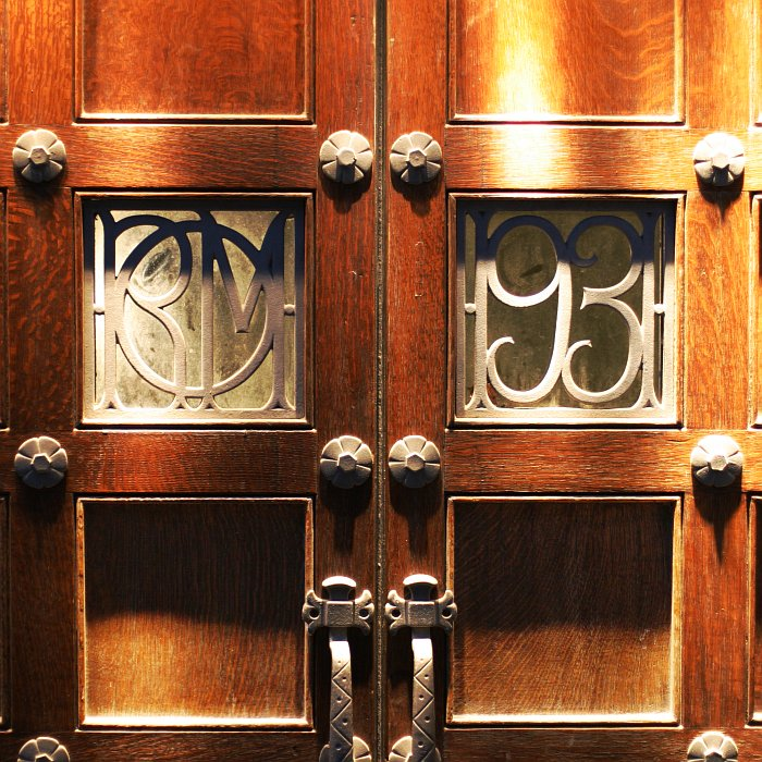 ROM Door 1931    (click for previous picture)