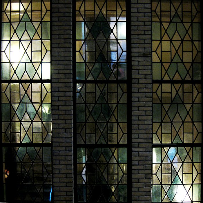 ROM Leaded Glass inside    (click for previous picture)
